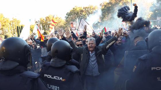 Una de las imágenes que ha dejado esta jornada de huelga y manifestaciones