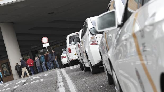 Huelga de taxis en Sevilla