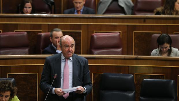 El ministro de Economía, Luis de Guindos, en una imagen reciente en el Congreso