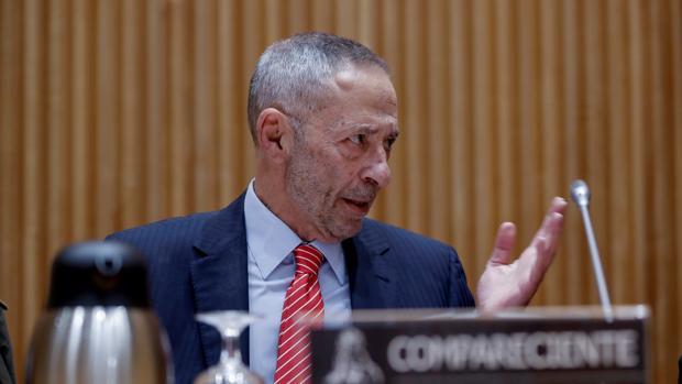 Julio Segura, durante su comparecencia delante de la Comisión del Congreso