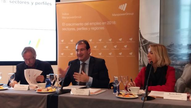 Josep Oliver, Raúl Grijalba y Montse Moliner, en el acto de hoy