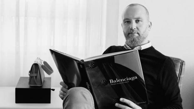 Héctor Jareño, director de Reliquiae, es todo un apasionado de la moda