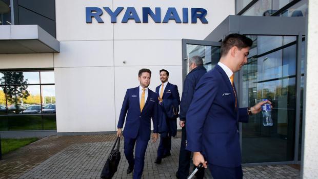 Trabajadores de Ryanair en Dublín