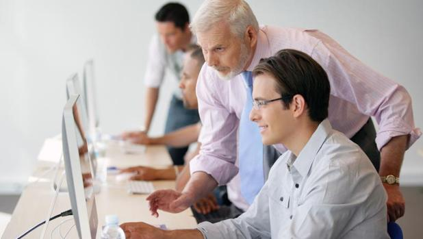 Los principales obstáculos a la hora de contratar son la falta de experiencia de los candidatos (40%)