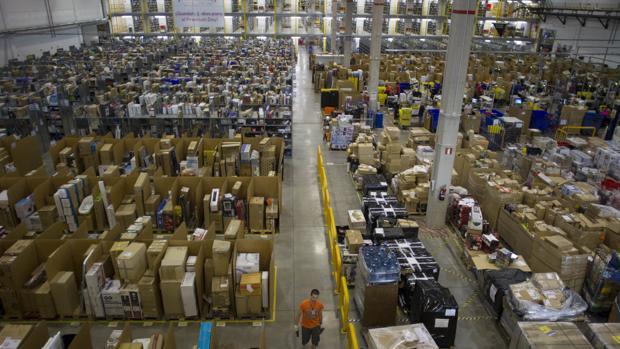 Imagen del centro logístico de Amazon en San Fernando de Henares