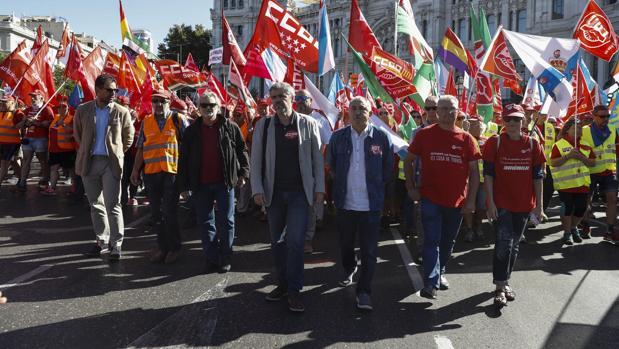Unai Sordo y Pepe Álvarez, en primer término, en una manifestación en Madrid