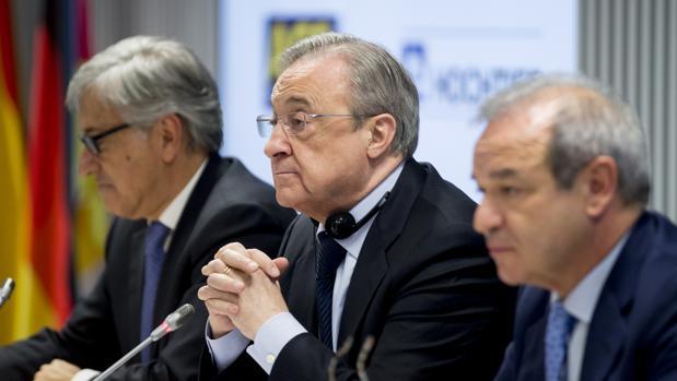 Florentino Pérez, Giovanni Castellucci y Marcelino Fernández Verdes anuncian la opa