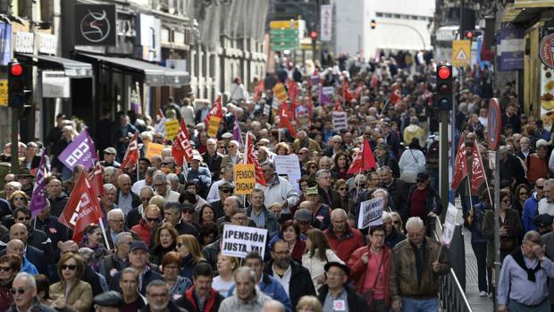 Manifestación de los pensionistas por el centro de Madrid