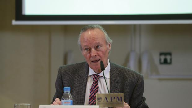 Josep Piqué en la rueda de prensa del Círculo de Empresarios