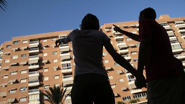 La compraventa de viviendas bajó en el mes de marzo