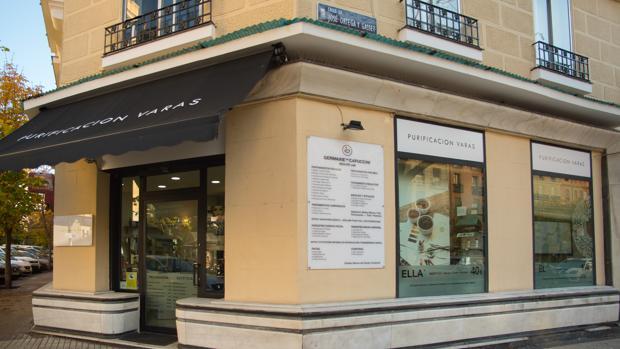 Salón Purificación Varas en Madrid, en la calle Ortega y Gasset 81