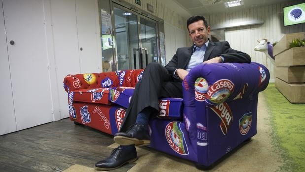 Lefteris Chaloulakos, director general de snacks para España y Portugal, en su encuentro con ABC
