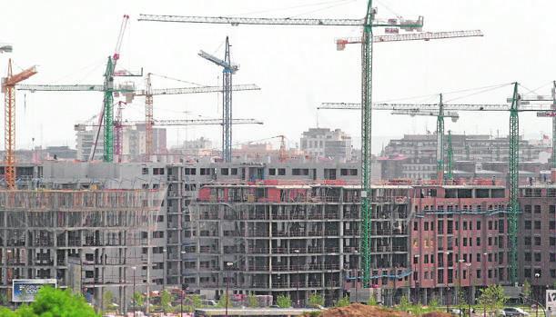 El inmobiliario recela del «giro social» de la política de vivienda