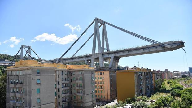 El derrumbamiento del puente Morandi, producido el pasado martes, ha dejado por el momento 39 víctimas
