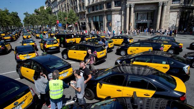 Concentración de taxistas este verano en Barcelona
