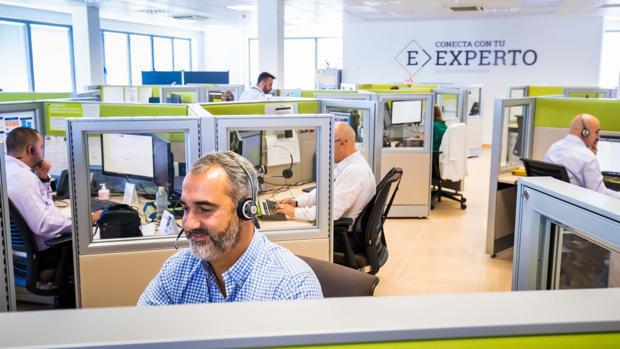 Bankia derivar a sus oficinas a distancia a casi 500 for Oficinas de bankia en granada