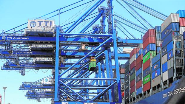 El riesgo político está elevando la demanda de pólizas para proteger exportaciones e inversiones exteriores