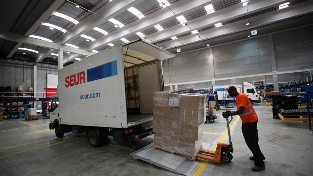 Seur espera que el Viernes Negro de este año, el 26 de noviembre, se batirá el récord de envíos transportados