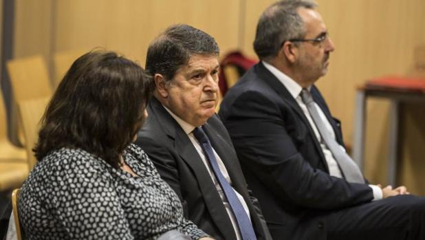 El expresidente de Bancaja, exvicepresidente de Bankia y expresidente de la Generlitat, José Luis Olivas
