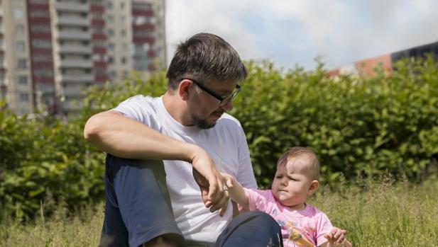 ¿Cuánto te devolverá Hacienda por las retenciones de IRPF en las prestaciones de maternidad y paternidad?