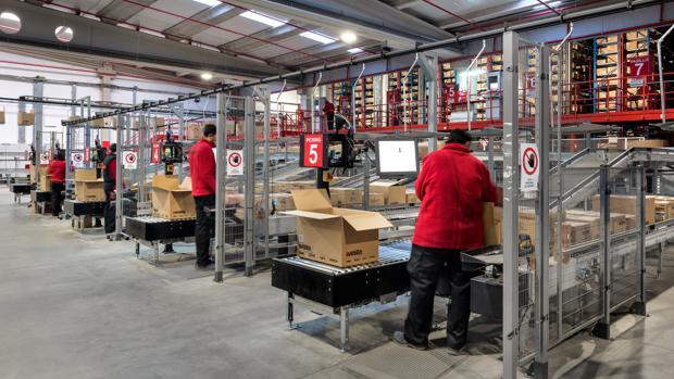 Una imagen de las instalaciones de la empresa familiar de éxito Velilla Confección Industrial