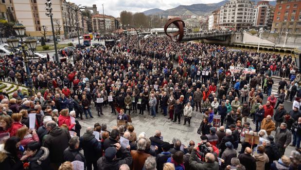 La crispación política paraliza el Pacto de Toledo con las pensiones al límite