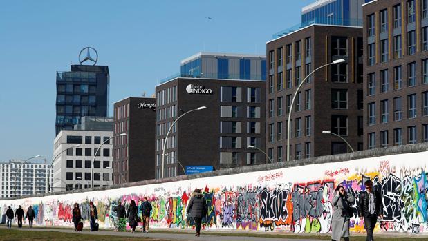 La vivienda en Berlín es vista por muchos particulares y empresas como una de las pocas inversiones seguras a largo plazo