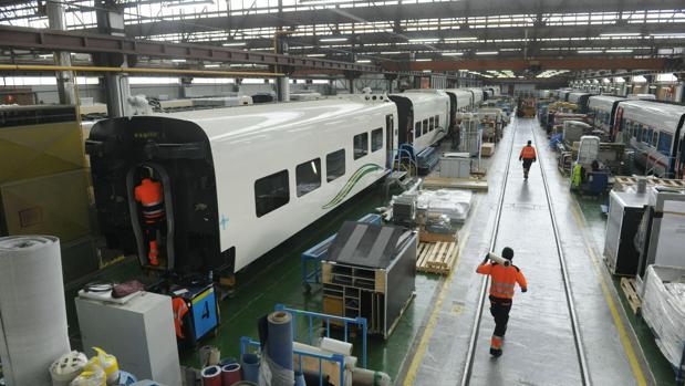 El primer socio de Talgo, con un 35% del capital, es Pegaso Rail International