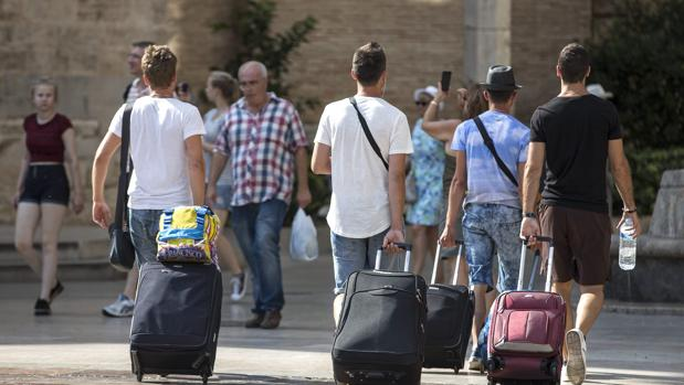 El 46,1% de los visitantes extranjeros han elegido Canarias para sus estancias hoteleras en febrero