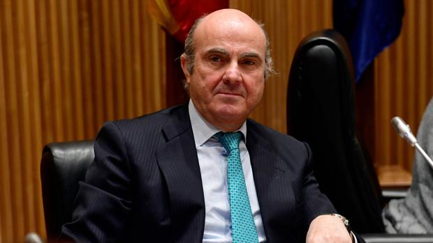 De Guindos: «En 2012 nadie se creía las cifras de la banca española»
