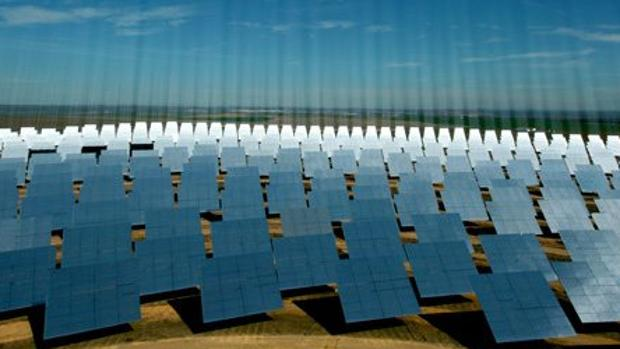 Planta solar de la multinacional sevillana Abengoa