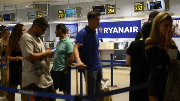 Solo en marzo, han llegado a España 6,6 millones de pasajeros procedentes de aeropuertos internacionales