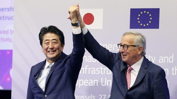 La UE y Japón se alían frente a la Nueva Ruta de la Seda china