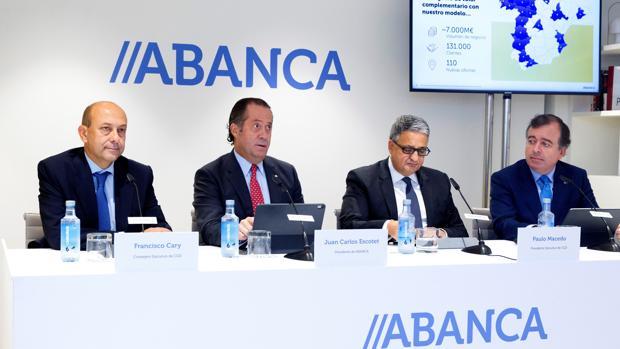 Abanca cierra la compra de Caixa Geral en España y no descarta más adquisiciones