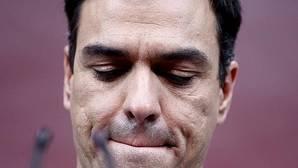 El PSOE presiona a Sánchez para que se quede en la oposición