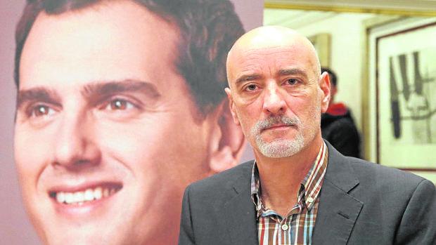 Nicolás de Miguel, candidato a lendakari de la formación naranja para las elecciones del 25-S