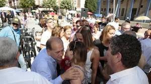 El candidato gallego impuesto por Ferraz reúne en un mitin a 40 personas