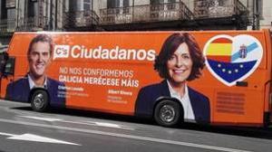El autobús publicitario de C's en Galicia, lleno de errores
