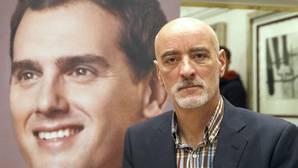 Nicolás de Miguel: «Somos la apuesta de los vascos y españoles a los que les da vergüenza votar al PP y PSE»