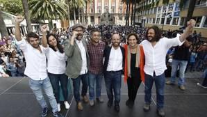 Ada Colau inicia para Villares la fase «paracaidista» de campaña