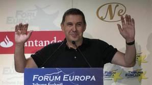 Otegui propone un frente soberanista con PNV y Podemos