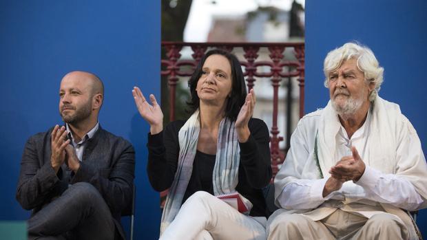 Luís VIllares, Carolina Bescansa y Xosé Manuel Beiras, en el mitin de ayer en Orense
