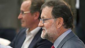Rajoy: «El de Sánchez sería un Gobierno de un cuarto de hora»