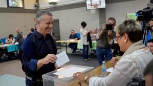 El PNV gana con holgura las elecciones vascas y el PSE toca fondo