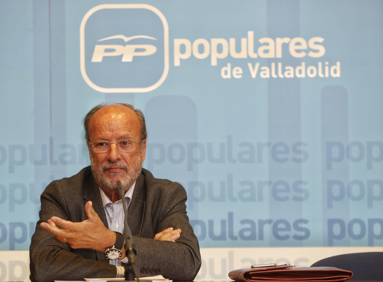 De la Riva, sobre su vuelta a la política: «Tengo que consultar con mi familia y con el PP»