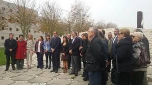 El empeño del Gobierno vasco de «diluir» a las víctimas del terrorismo impide la unidad en el Día de la Memoria