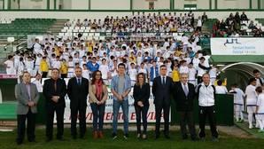 La Fundación Real Madrid visita la Escuela Municipal de Fútbol