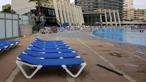 El Consell rectifica y no impondrá la tasa turística en 2017 si el sector la rechaza
