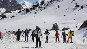 ¿Cómo conseguir descuentos para esquiar en las pistas aragonesas?