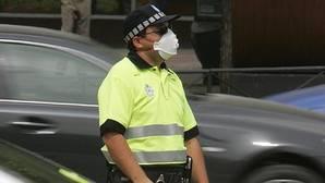 El sindicato CSIT reparte mascarillas contra la contaminación a los agentes de Movilidad